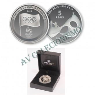 Estojo com Moeda de Prata - 5 Reais - Entrega da Bandeira Olímpica - 2012 - PROOF - MAR 615